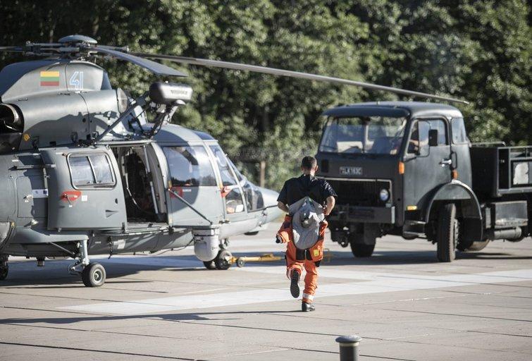 Skęstančios mergaitės gelbėjimo operacija Smiltynė: buvo pakeltas sraigtasparnis (nuotr. KAM)