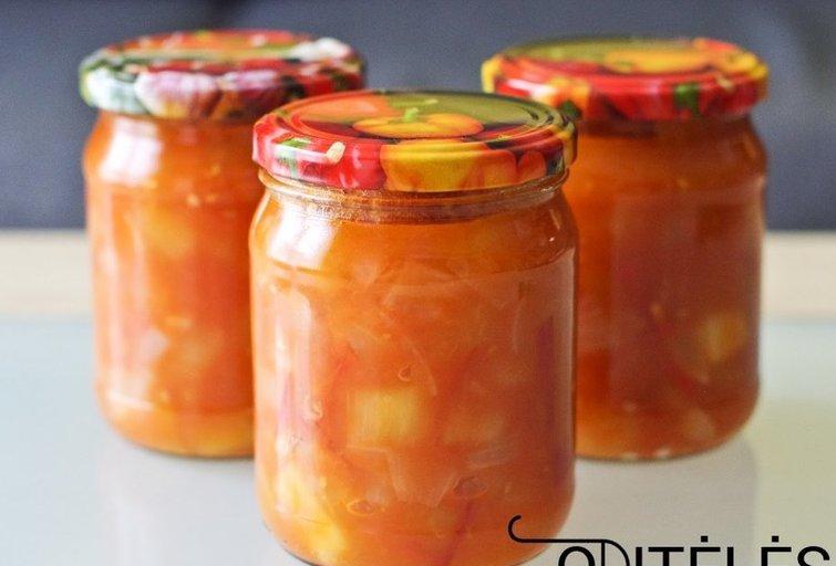 Cukinijų ir pomidorų mišrainė žiemai (Nuotr. Oditėlės blogas)