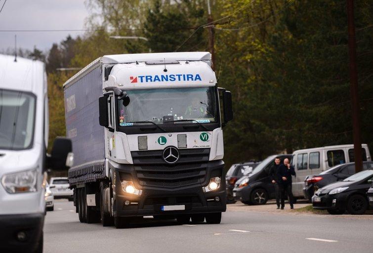Sunkvežimis (nuotr. Fotodiena/Justino Auškelio)