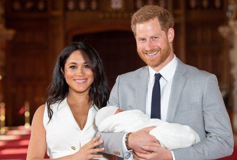 Meghan Markle, Harry ir jų sūnus (nuotr. SCANPIX)