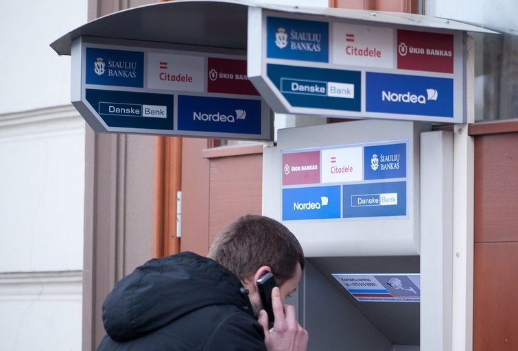 bankomatas (R. Dačkus/fotodiena.lt)