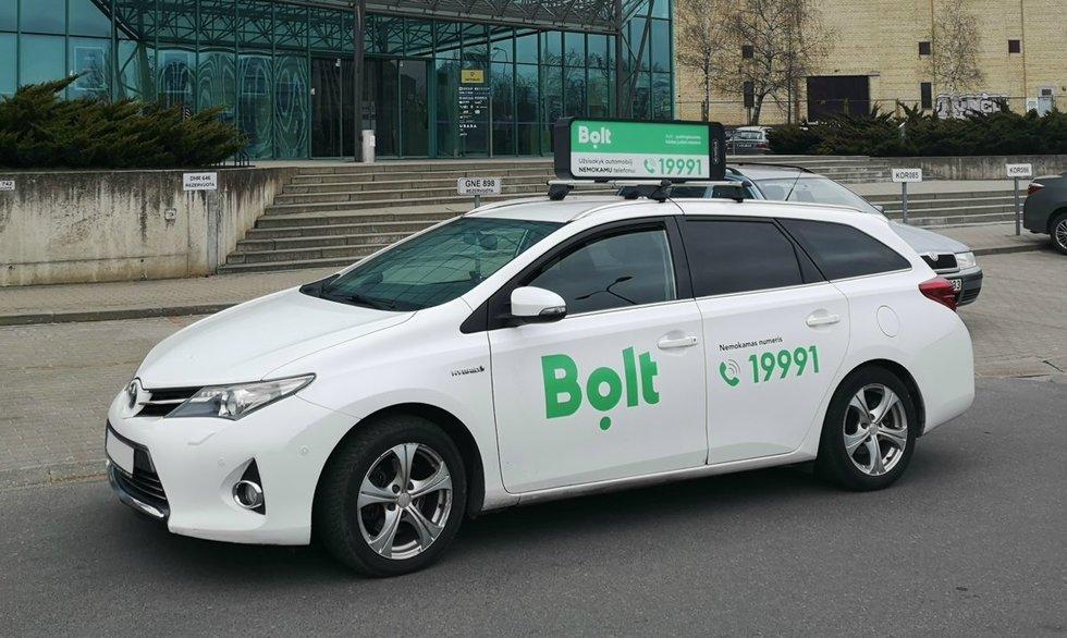 """Bolt"" įmonės automobilis"
