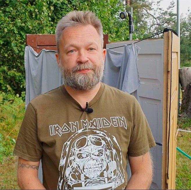 Martynas Starkus pasidalijo patarimais, kaip pasigaminti stalą ir dušo kabiną