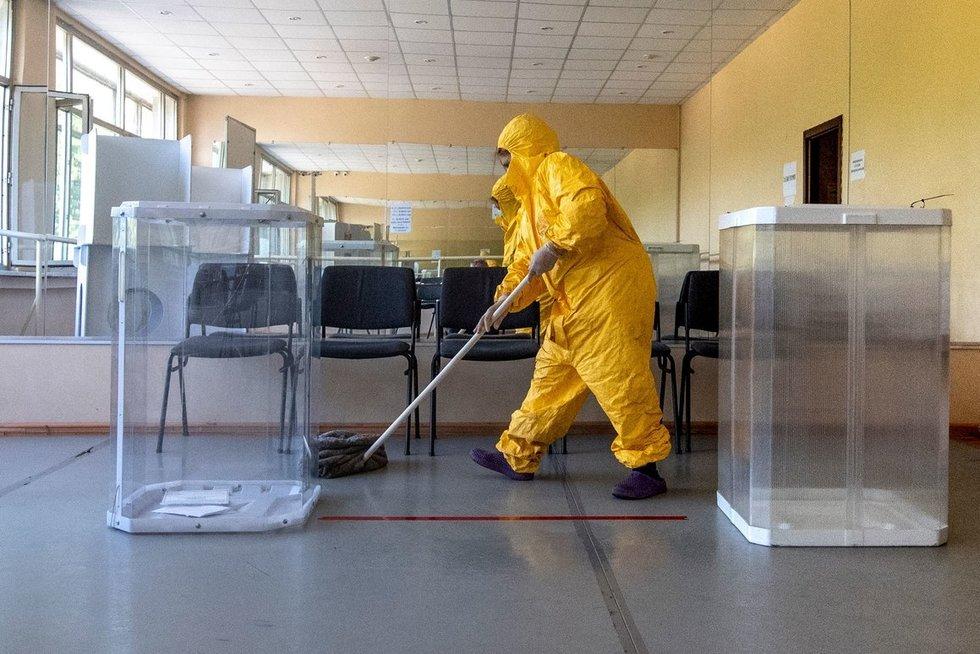 """""""Visur lavonai"""": medikai priversti šauktis kariuomenės pagalbos – Rusijos regionų ligoninės jau perpildytos (nuotr. SCANPIX)"""