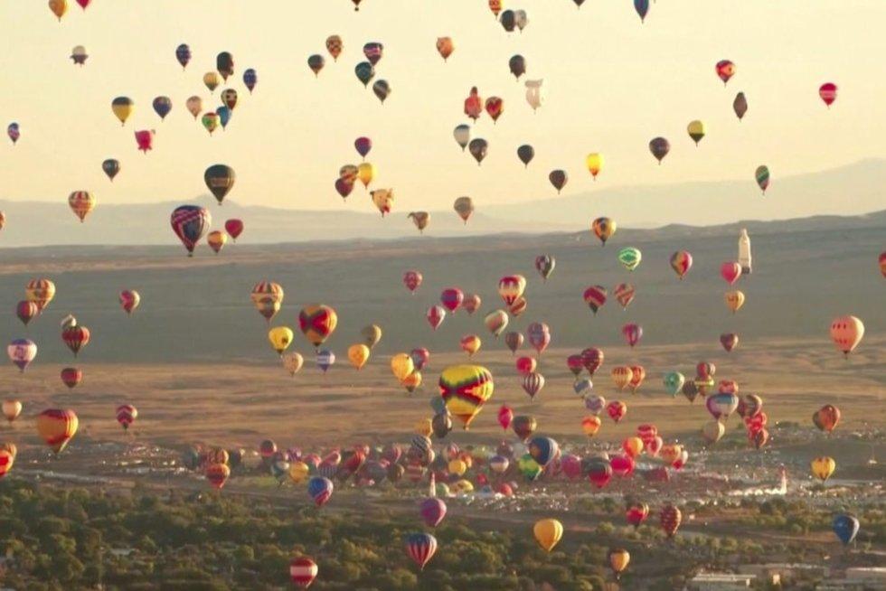 Oro balionai (nuotr. stop kadras)