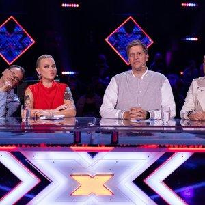 """Paaiškėjo pirmieji """"X faktoriaus"""" finalininkai: netrūko ašarų ir sudėtingų Samo apsisprendimų"""