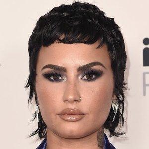 """Demi Lovato susirūpino ne šios planetos gyventojais: siūlo nevartoti termino """"ateivis"""""""