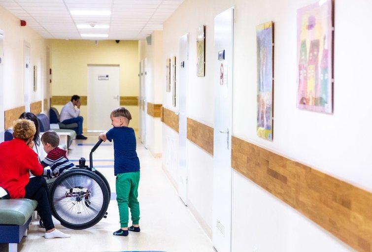 Gydytojai siunčia žinią dėl COVID-19 sergančių vaikų: ligos simptomai ir eiga pasireiškia kitaip nei suaugusiems (nuotr. Fotodiena/Justino Auškelio)