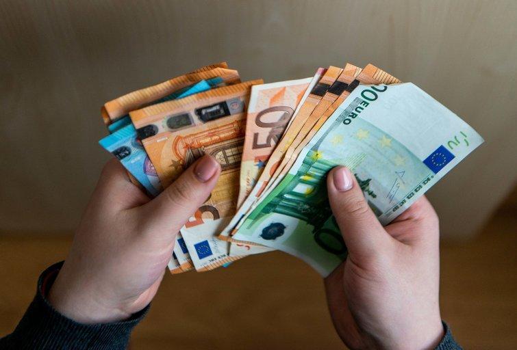 Planuojama didinti minimalią algą (K. Polubinska/fotodiena.lt nuotr.)