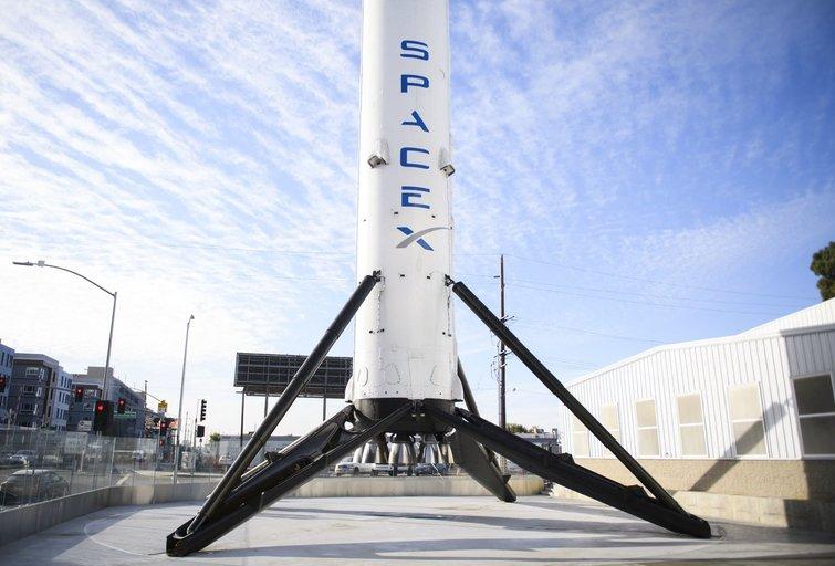 """""""SpaceX"""" raketa (nuotr. SCANPIX)"""