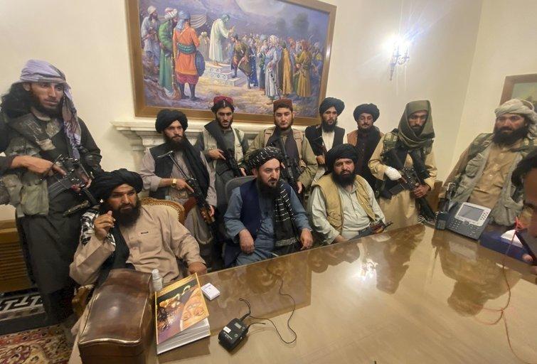 Talibano atstovai prezidento rūmuose (nuotr. SCANPIX)