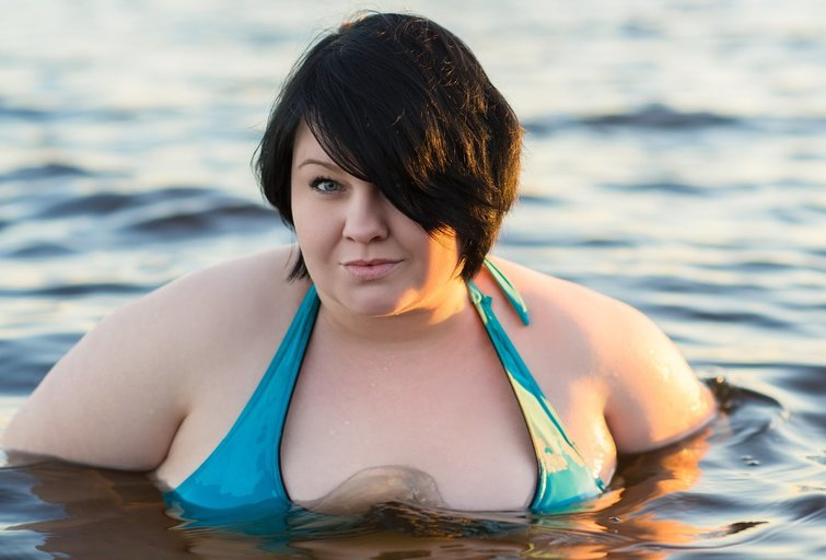 Mama negalėjo patikėti savo ausimis: dėl svorio dukrą išvarė iš vandens parko (nuotr. 123rf.com)