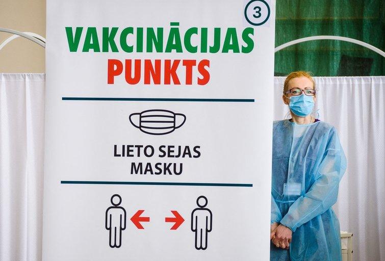 Vakcinacijos punktas Latvijoje (nuotr. SCANPIX)