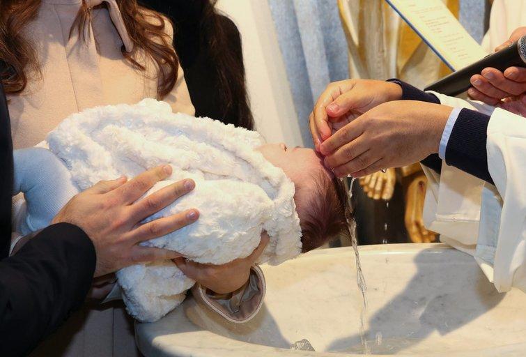 """Krikštynų kvietimą gavusi vilnietė pasišlykštėjo savo drauge: """"Šventėje manęs tikrai nebus"""" (nuotr. 123rf.com)"""