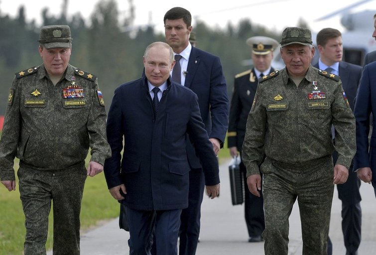 Vladimiras Putinas, Zapad 2021 (nuotr. SCANPIX)