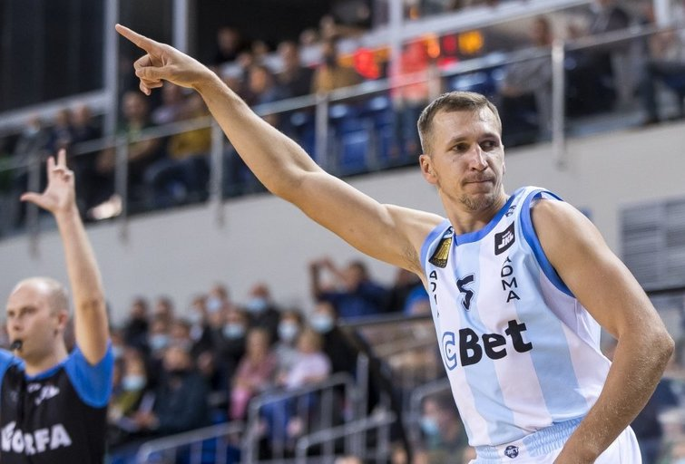 "Įspūdingai atsitiesusi Jonavos komanda įveikė ""Lietkabelį""  LKL/BNS nuotr."