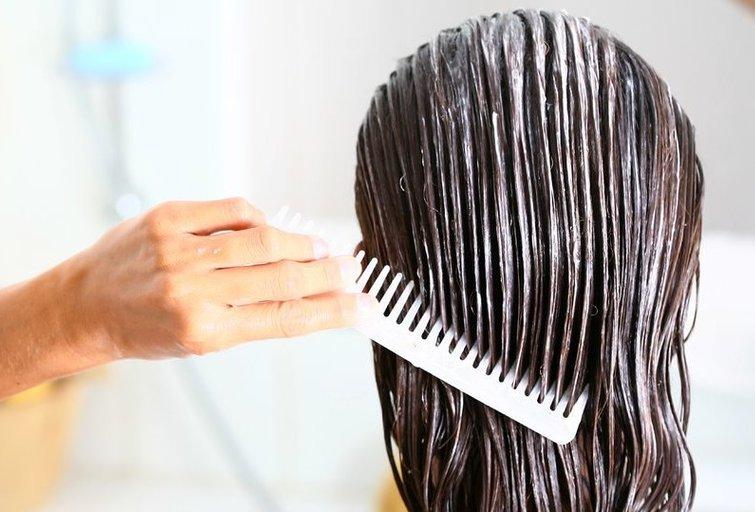 Plaukų kaukė (nuotr. Shutterstock.com)