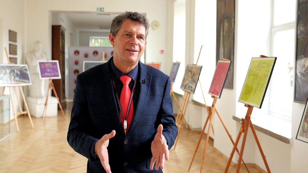 Vilniaus universiteto Medicinos fakulteto dekanas, gydytojas genetikas prof. Algirdas Utkus