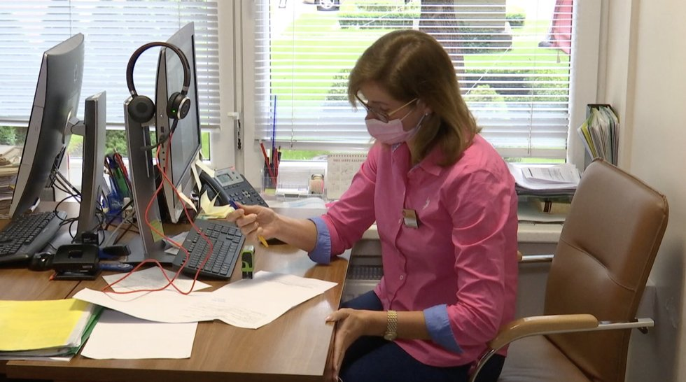 Antivakseriai šokdina šeimos gydytojus: už atleidimą nuo skiepo siūlo kyšius