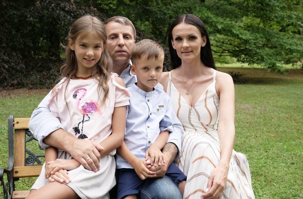 Rūta Filejeva su vyru ir vaikais: sūnumi Matu ir dukra Emilija