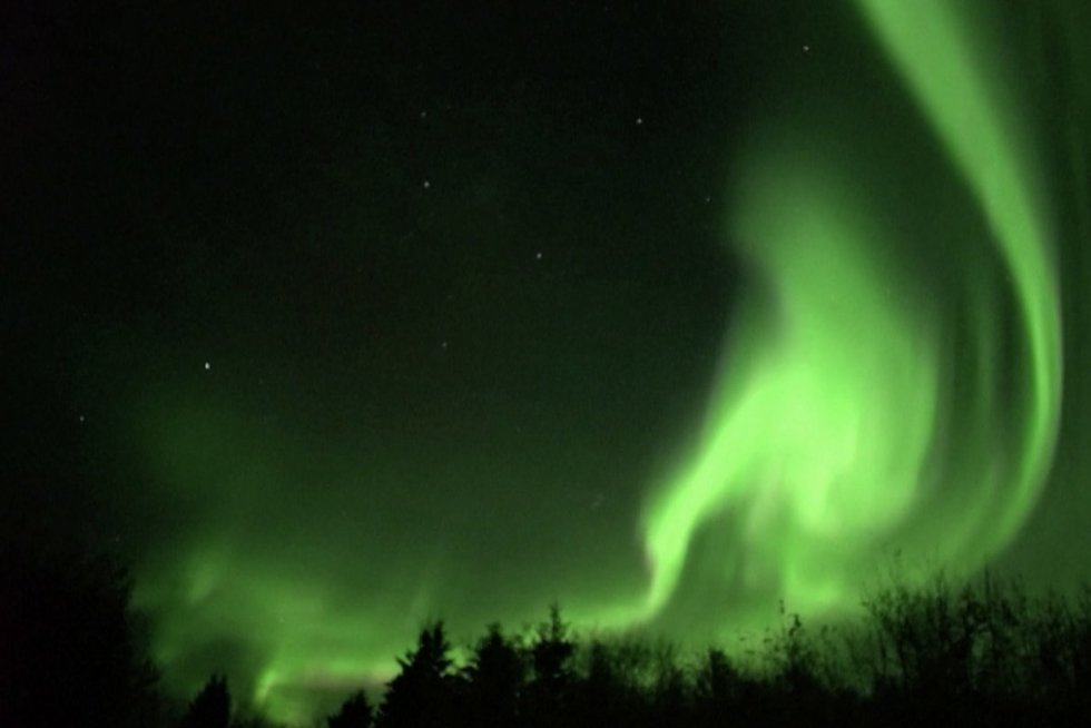Pamatykite Šiaurės pašvaistę Kanadoje: ryškiausia per daugiau nei dešimtmetį (nuotr. stop kadras)