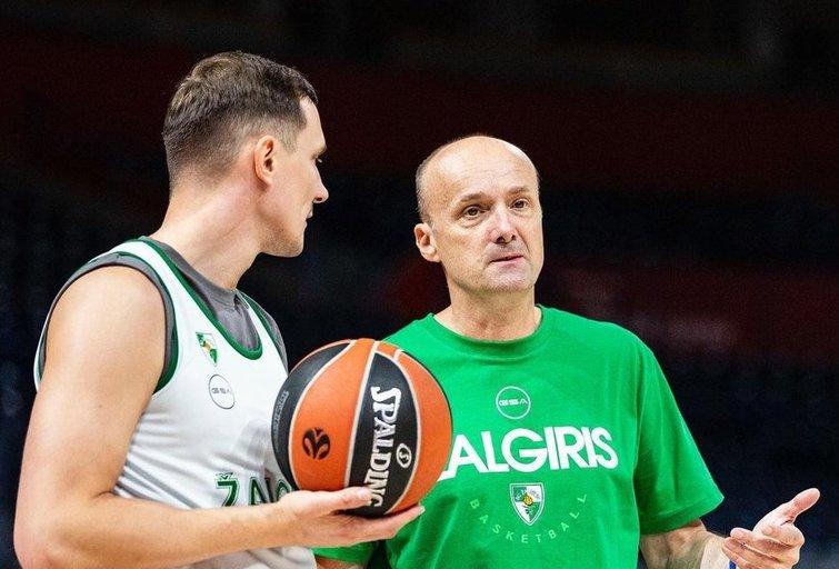 P. Jankūnas ir J. Zdovcas. (nuotr. Euroleague Basketball)