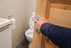 Šis ženklas tualete išduoda, kad turite aukštą cholesterolį: pastebėkite laiku