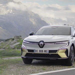 """Prancūzai pristatė naujieną – radikaliai pasikeitusį elektrinį """"Renault Megane"""""""