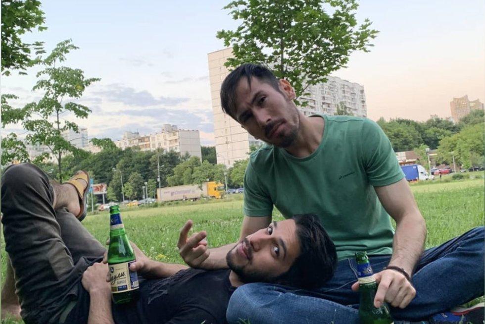 """Aiškėja detalės apie 5 afganistaniečius: """"pamiršo"""" apie gyvenimą ir mokymąsi Rusijoje (nuotr. stop kadras)"""