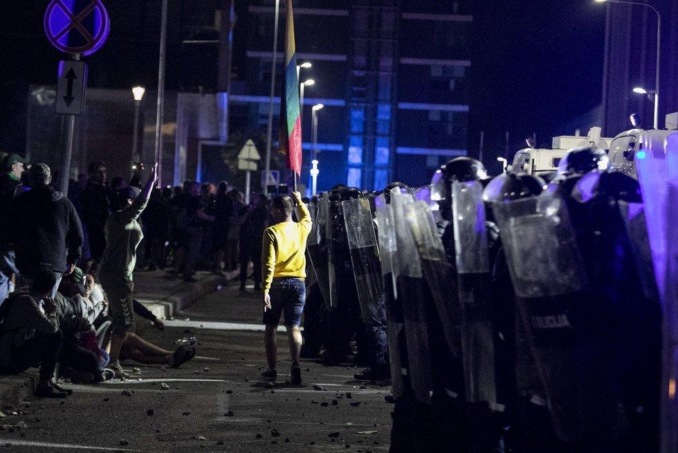 Policijos susirėmimas su protestuotojais (Paulius Peleckis/Fotobankas)