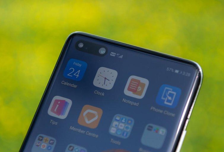 """Programėlės """"Huawei"""" telefonuose: kaip atskirti tiesą nuo mitų?"""
