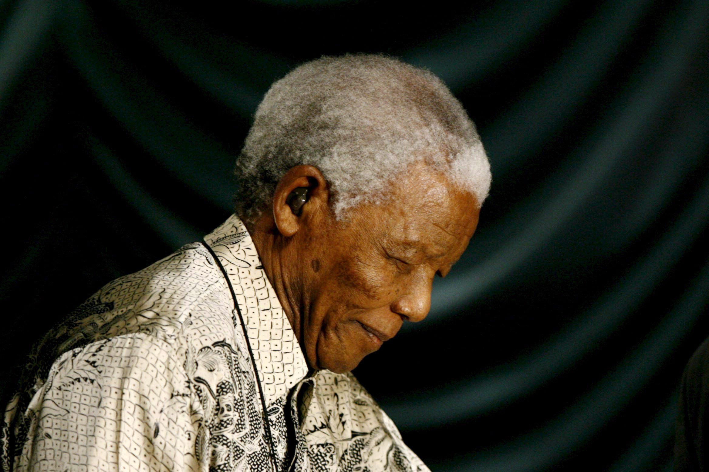 Nelson mandela a life in photographs Nelson Mandela - a life in pictures - The Irish Times