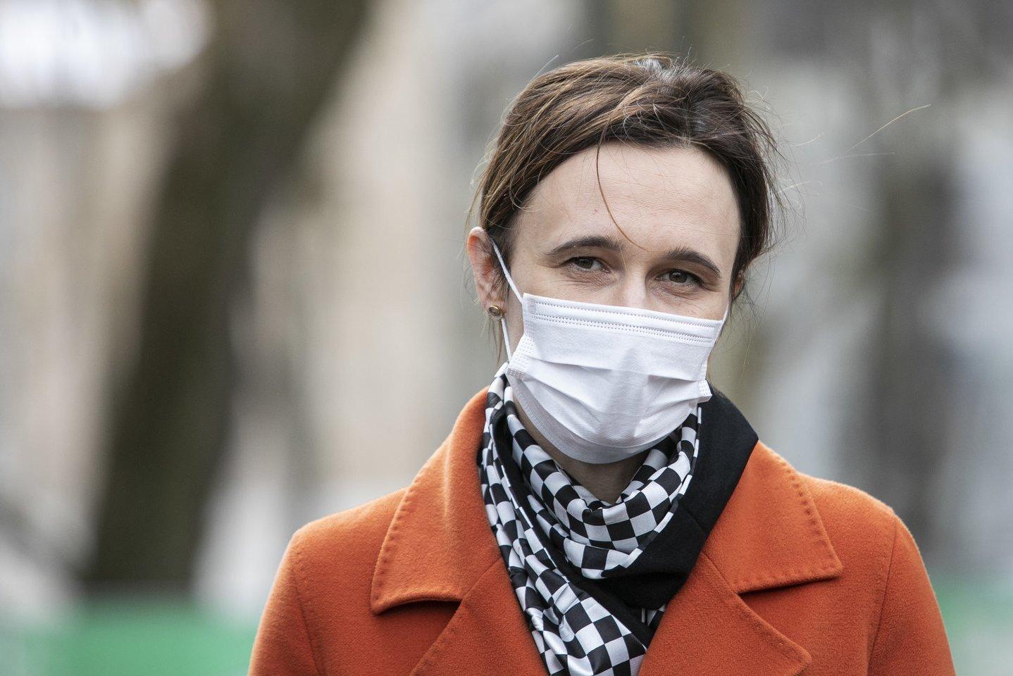 Čmilytė-Nielsen siūlo Seimo kancleriu skirti Gelbūdą
