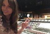 Užkariauja JAV: Evelina Anusauskaitė-Young įrašė kūrinį, skirtą CBS serialui