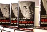 Helmutas Kohlis menkina buvusią bendražygę Angelą Merkel ir Berlyno sienos demonstracijas
