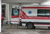 Kraupus įvykis Plungėje: mopedo vairuotojui nulėkus į griovį lūžo stuburas