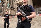 Berlyne aidėjo šūviai: policija apsupo katedrą