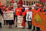 Profsąjungos tikisi pažadinti valdžią: lietuviškus atlyginimus laiko pasityčiojimu