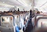 """Keleivinį """"Boeing"""" krėtė smarki turbulencija –sužeisti 37 žmonės"""