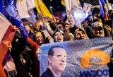 Turkijos prezidento partijos triumfas rinkimuose sutinkamas su džiaugsmu ir nerimu