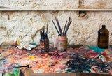 Įstatymų spragos: nuogas koleges nutapęs dailininkas priekabiavo, bet baudžiamas nebus