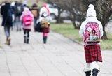 Įvertino švietimo sistemą nuo gimimo iki mirties: skylės beveik visur