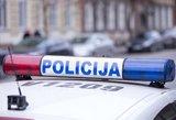 Kauno savivaldybės darbuotojas peiliu sužalojo kitą vairuotoją
