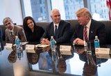 Donaldas Trumpas išsikvietė technologijų gigantų vadovus