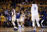 """Įsismaginusius """"Pelicans"""" krepšininkus sustabdė čempioniškas """"Warriors"""" žaidimas"""