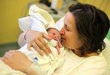 Skaudūs lietuvės išgyvenimai gimdymo palatoje: tokie daktarai dirbti negali