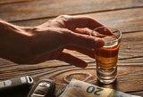 Kas labiau kenkia sveikatai – žolė ar alkoholis? Stebinančios statistikos išvados