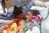 Mama gelbėjo degančius vaikus: tai, kas įvyko vėliau, sujaudino tūkstančius