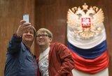 Vladimiro Putino partija dominuos naujame Rusijos parlamente