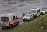 Kauno rajone – baisus vaizdas: iškėlė nuskendusio vyro kūną
